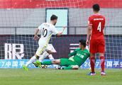 中超第8轮:广州恒大惊险逆转申花 华夏幸福客场4-1大胜国安