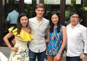 邓文迪和小鲜肉男友北京宴客!他们住的四合院价值一个亿!