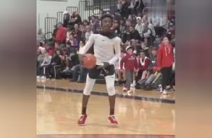 詹姆斯大儿子已被篮球名校疯抢,包括北卡,肯塔基,UCLA,杜克,