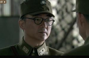 日寇全线进攻,国军三十七军和九十九溃败,薛岳当机立断撤守长沙