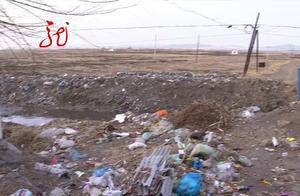 """深度报道2:垃圾肆意堆放,河道变成""""垃圾箱"""""""