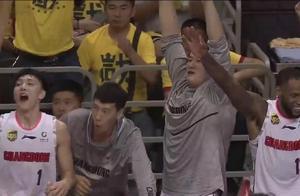 CBA总决赛首秀,19岁小将徐杰连得14分,5投5中4记三分 !