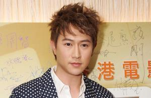 40岁陈键锋步魏骏杰后尘中年发福身材走样,曾是TVB的颜值担当