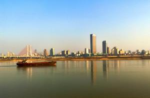 江西南昌与安徽合肥在GDP,人均收入与城建方面谁更强?