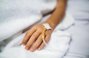 输液就是一场小手术,副作用有多大?你可能压根不清楚!