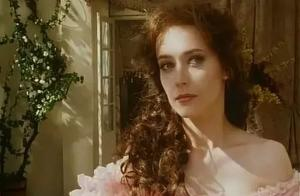 《茶花女》:她是明艳美丽的交际花,却为追求真爱耗尽一生