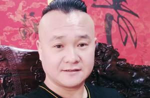 8月23号著名书法家田印章弟子盧增涛教授来尚都百汇華兿堂了!