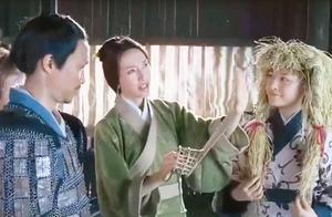 越光宝盒:赵子龙救回阿斗,刘备飞车感谢他,送了他三双草鞋