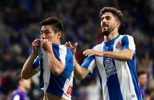 西班牙人2万多球迷被武磊彻底征服:西甲1个细节令人动容!