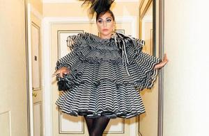 LadyGaga穿恨天高回归Met Gala,近10年最佳着装哪套是你最爱?