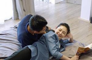 汪小菲晒儿女同框照,儿子难得有机会上镜,萌娃侧颜太帅了!