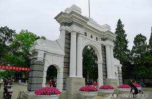 今天是清华大学建校108周年校庆日,说说清华大学的二校门