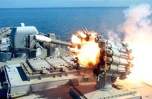 """俄头号舰队出海开火,""""击沉""""一艘不明潜艇,北约:此举十分冲动"""