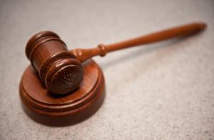侵权责任法医疗损害鉴定   医疗损害诉讼中的举证责任分配