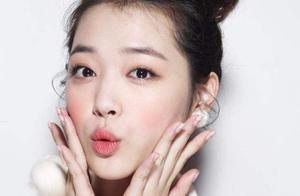 韩国女星雪莉直播时不穿内衣,呛声网友:更讨厌视奸的人