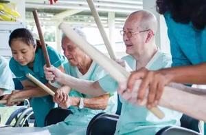 新加坡人口危机空前严峻,出生率再创新低!