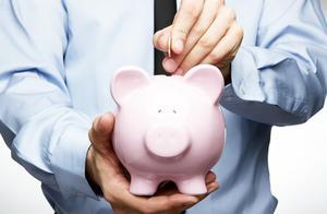 储户怎么存钱利息才划算?注意两个细节,才不会吃银行的亏!