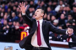 辽宁男篮卫冕失败损失惨重  一个周琦无法解决全部问题!