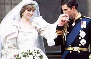 戴安娜王妃对婚姻绝望,怀孕时故意摔下楼梯,英媒报道扎心了!