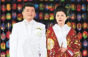从门童到商业大亨,因破产弟弟不堪压力自杀,日本妻子也离他而去