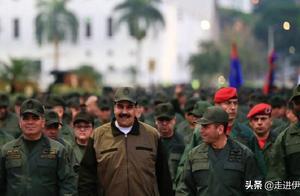 前所未有的团结:马杜罗领导军队前进,感谢军队的忠诚