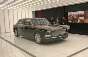 国产最强轿车红旗L5霸气现身 前卫双色涂装售价超500万