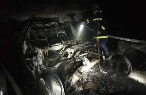 网友爆料上海一特斯拉轿车疑似自燃爆炸,官方回应正在调查