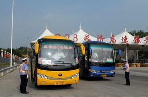 河南交警责令停运整顿旅游客车1600余台 主要存在这8大安全隐患
