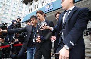韩媒曝光郑俊英群聊记录,成员或涉集体性侵