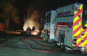 一辆特斯拉Model X在被送往修理店的过程中无故自燃起火