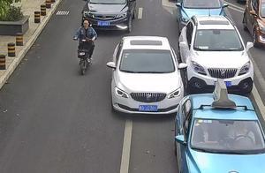 【【违法曝光台】不礼让斑马线、乱停车、闯红灯……一大波交通违法曝光来袭!