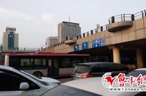一人从淄博一医院10楼坠下!还有一人欲在火车站广场跳桥!