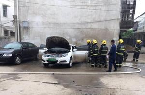 又一起电动车自燃 武汉一比亚迪e5起火事故