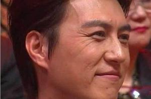 高清镜头下的明星们,靳东吴奇隆皱纹明显,于朦胧30岁似童颜!