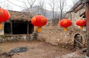 山西继平遥古城之后,摄影师又发现1个千年古村,是废弃还是保留