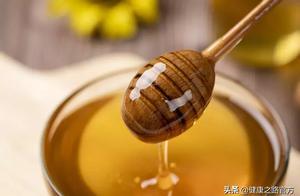 一杯水就能分辨真假蜂蜜!简单方便,必须收藏!