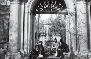 老照片的故事:1873年德国人走进荒废的圆明园,用镜头记录圆明园