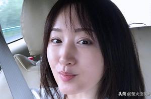 杨钰莹安徽六安演出,返程途中晒卸妆素颜自拍照,彰显颜值自信