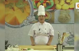 """广西粉王""""桂林米粉"""",看看祖传秘方都有哪些材料。"""