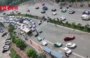 广西南宁一兰博基尼失控撞上多辆车 事故损失或超200万元