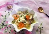 杂菌鲫鱼汤怎么做