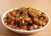 猪肉可以和黄豆一起蒸汤谱大全