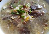 白菜和蘑菇打汤怎么做
