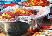 朝鲜族小屯子的早市,好几条街,那么多朝鲜族特色美食,太会吃了