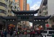 西宁哪条街比较热闹,当地特色小吃比较多?