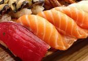 吞拿鱼、金枪鱼和三文鱼一样吗?三者有什么区别?哪个更贵更好吃?