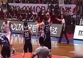 中国男篮从来没有怕过谁,看看谁才是中国男篮打架最厉害的