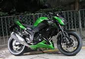 这台摩托让我想起了初恋!双缸水冷发动机,极速170,还只卖1.1万