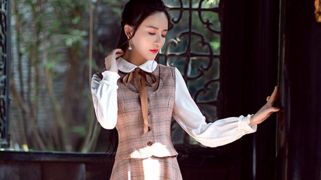 韩版蕾丝连衣裙什么品牌好?