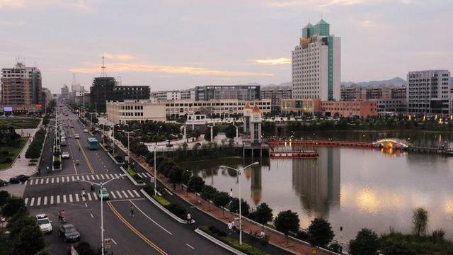 江西省最穷的10个县和最富的10个县